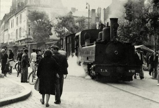 Fougeres rue tramway